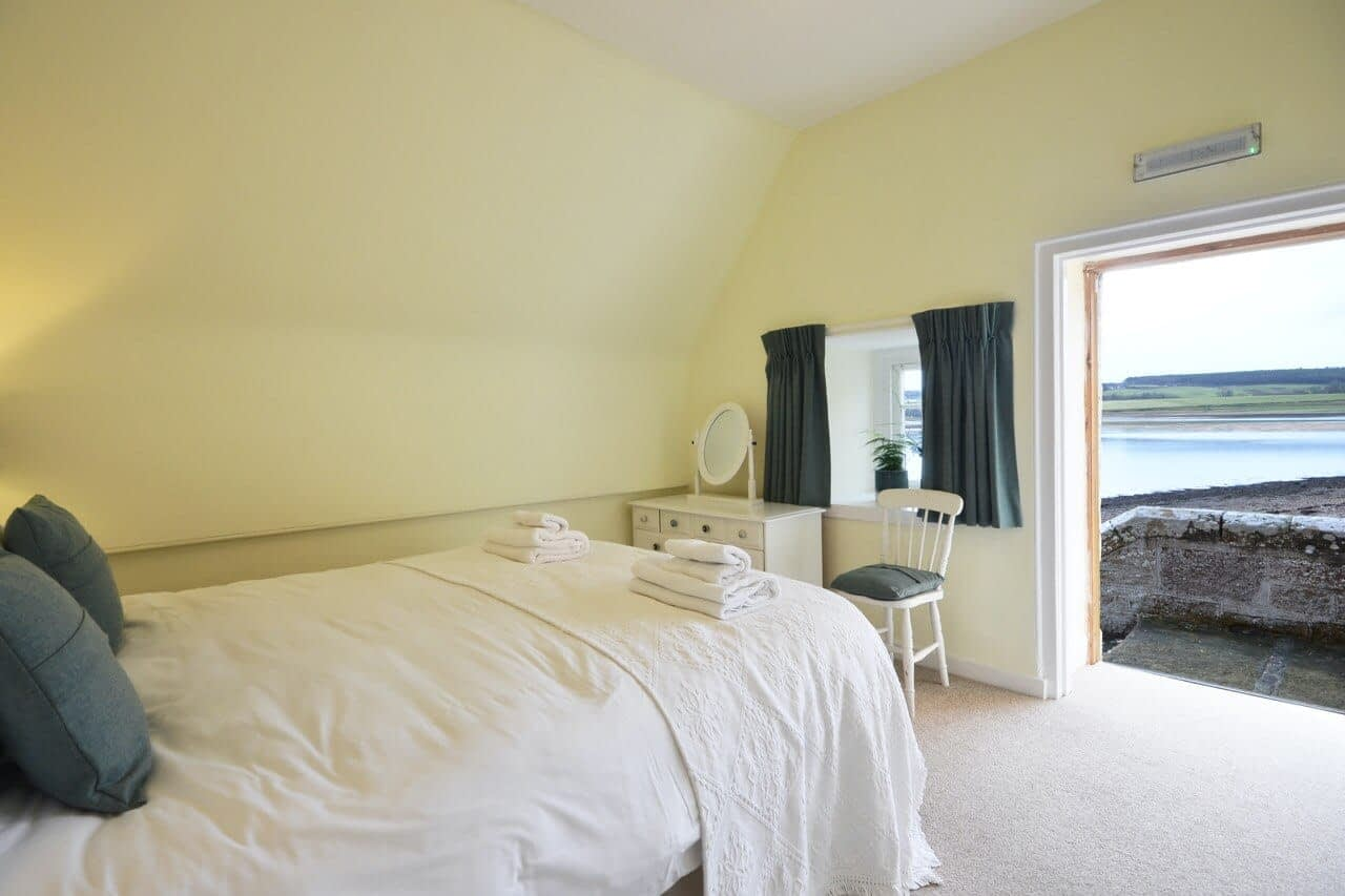 Double Bedroom views The Old Granary - Dunrobin Holiday Cottages, Caithness