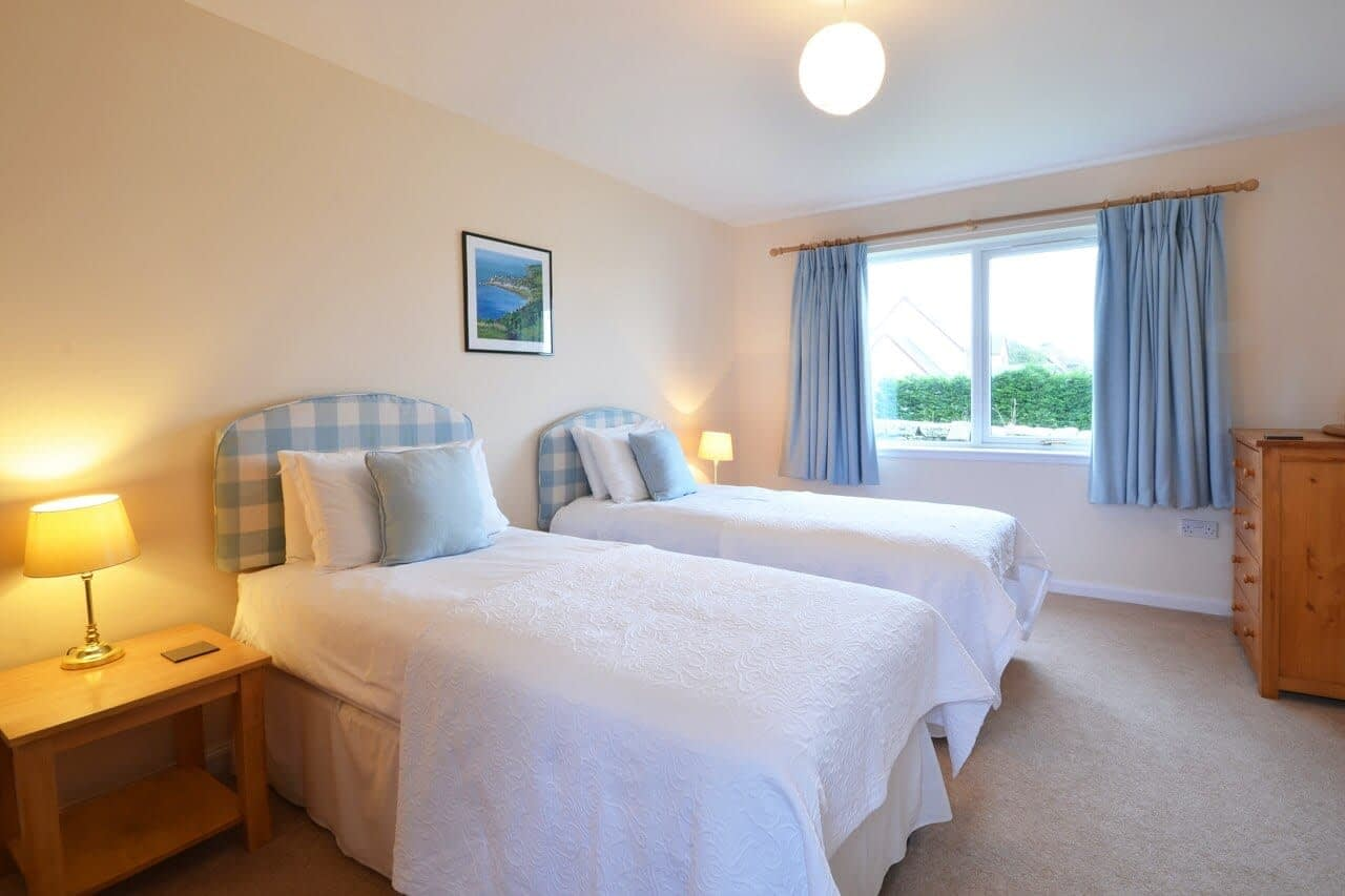 Twin room Customs House - Dunrobin Holiday Cottages, Caithness