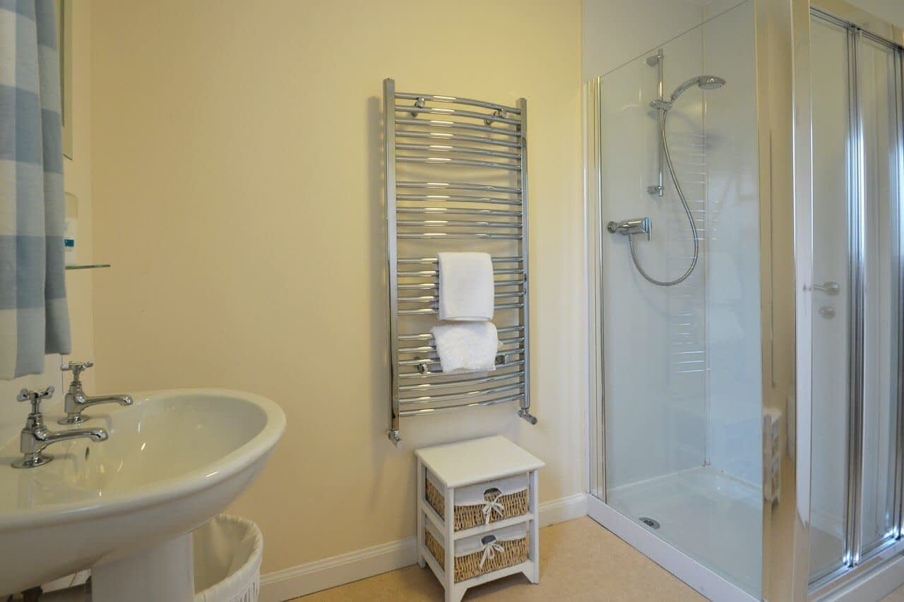 Shower room Customs House - Dunrobin Holiday Cottages, Caithness