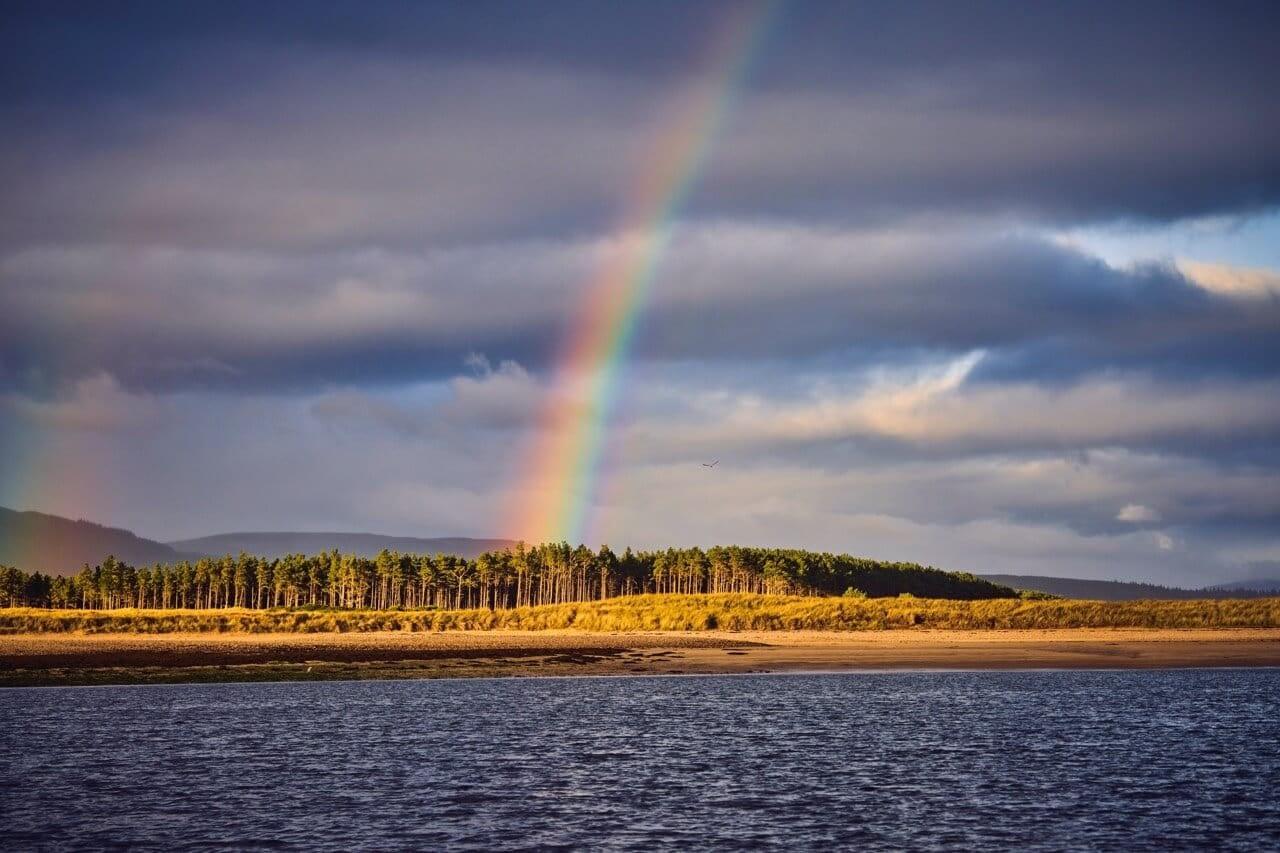 Rainbow beach The Old Granary - Dunrobin Holiday Cottages, Caithness