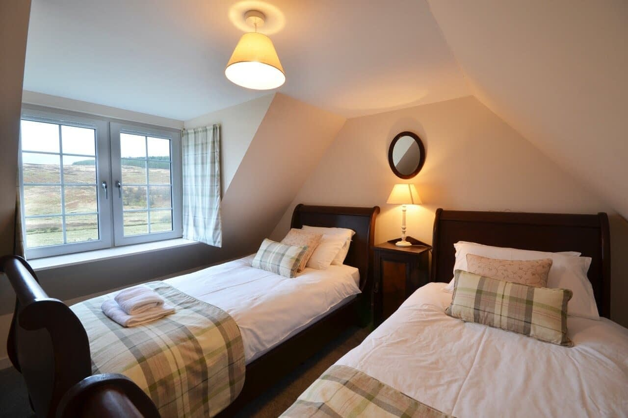 Twin room Keepers Cottage - Dunrobin Holiday Cottages, Caithness