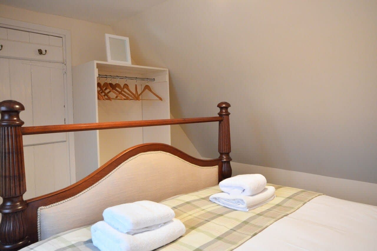 Double bedroom Keepers Cottage - Dunrobin Holiday Cottages, Caithness