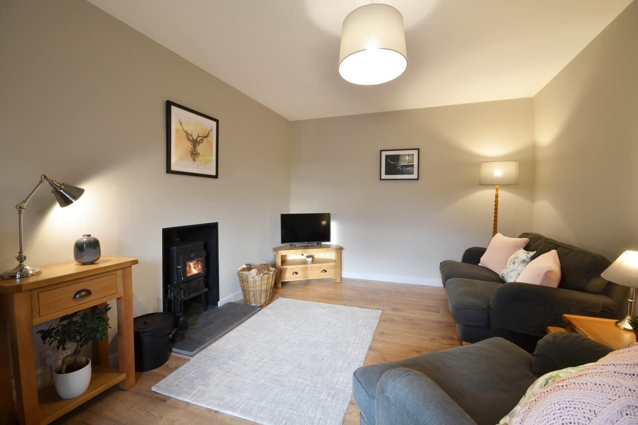 Snowdrop Cottage living room - Dunrobin Holiday Cottages, Caithness
